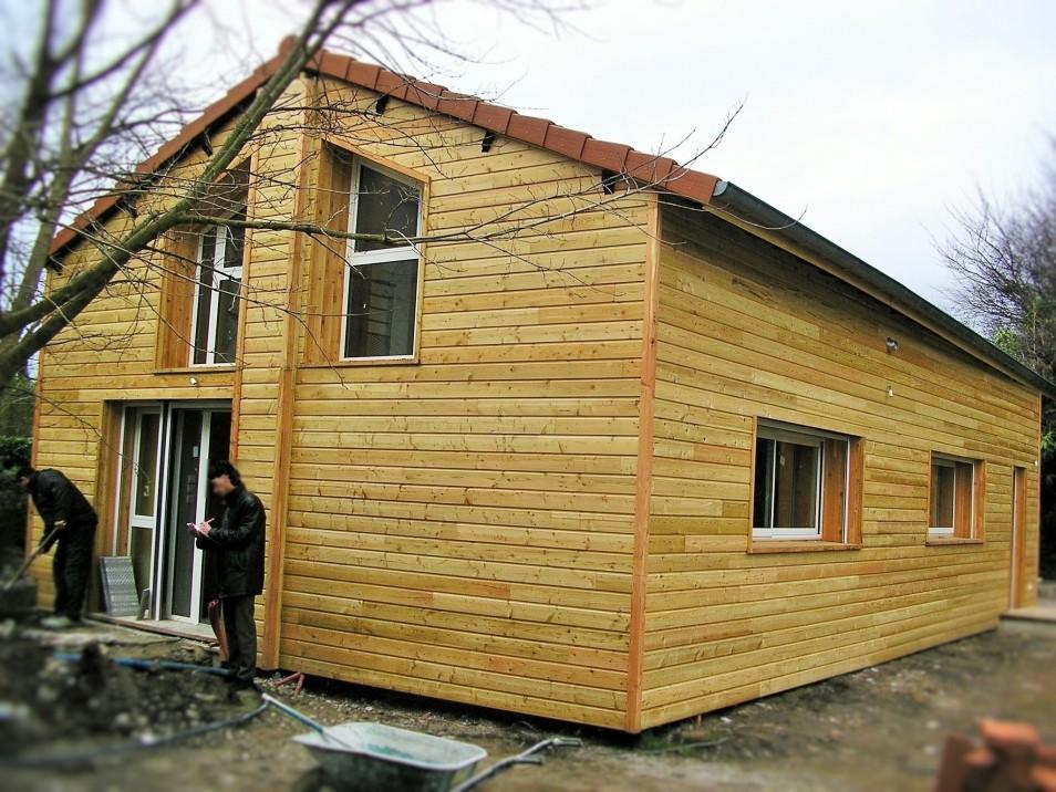 transformation d 39 un ancien entrep t en maison d 39 habitation. Black Bedroom Furniture Sets. Home Design Ideas